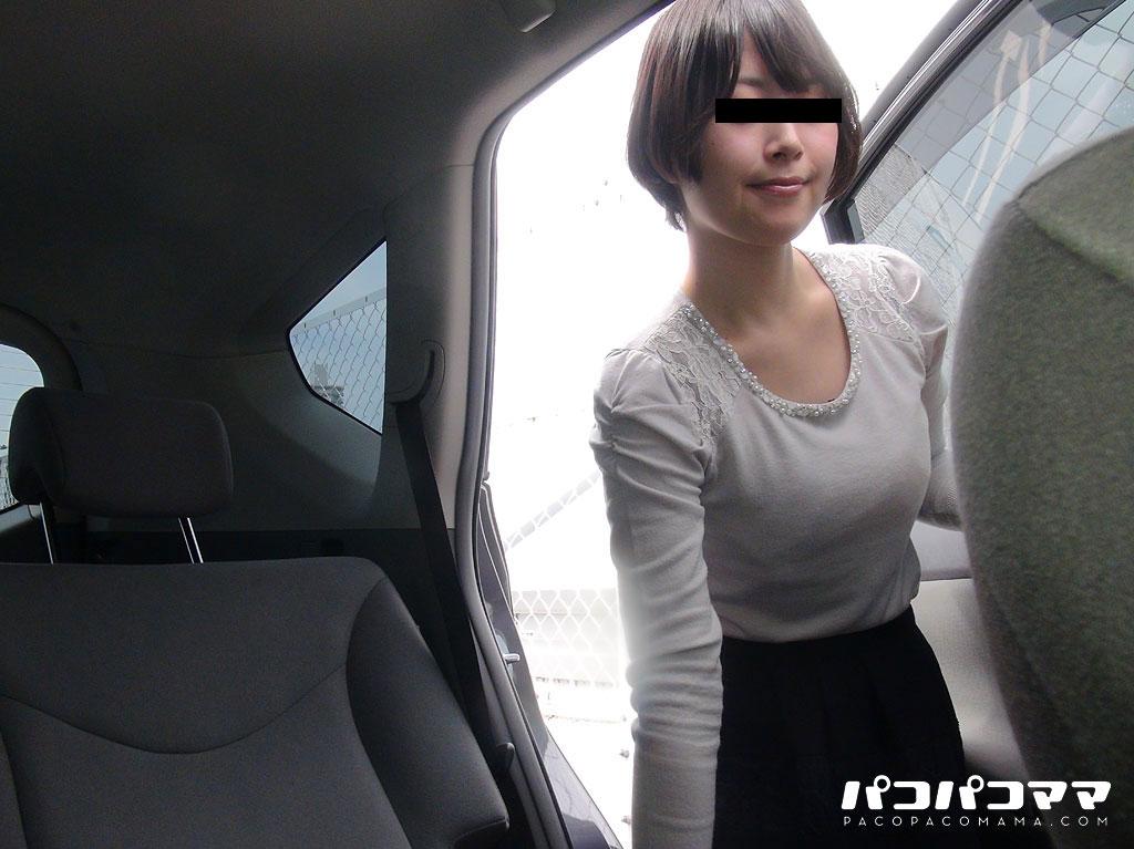 車の中で姫はじめ?連続昇天する美尻人妻?